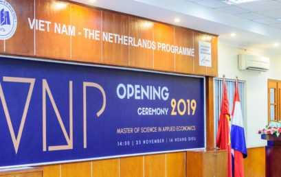 VNP tổ chức lễ khai giảng Chương trình Thạc sĩ Kinh Tế Ứng Dụng khóa 26