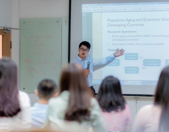 Khóa Ôn thi Thạc sĩ Kinh tế MAE & DDP 2021
